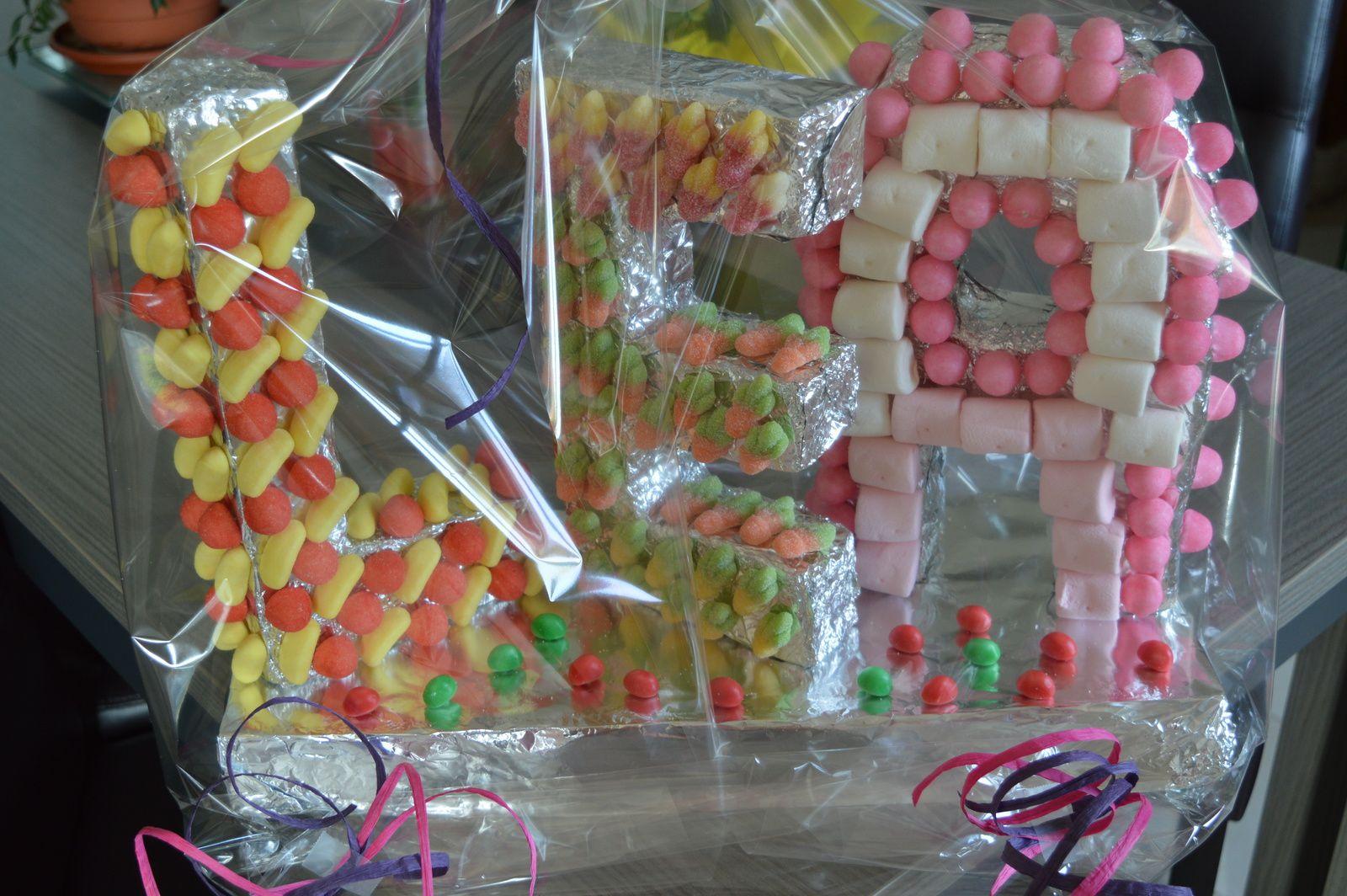 Gateau de bonbons LEA