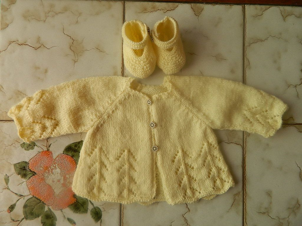 modele tricot layette 2015