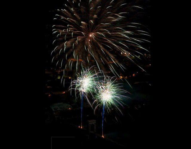 Feu d'artifice Tournon-Tain du 14 juillet 2013 ! Il était déjà très beau !