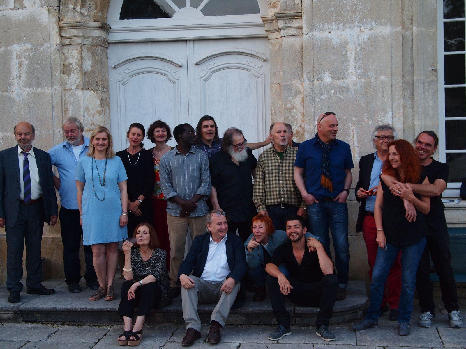 Alexia Volot, Laurent Danchin et les artistes de l'exposition Mycelium génie savant - génie brut du 8 juin au 28 septembre 2014 à l'Abbaye d'Auverive
