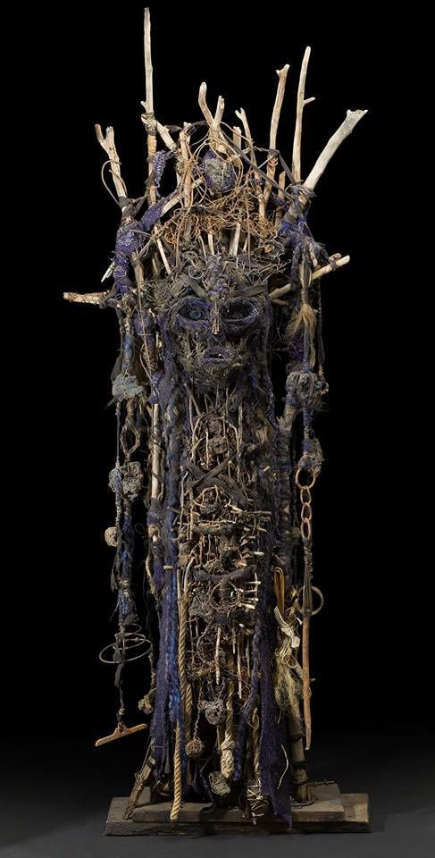 Totem, Technique mixte, 185.4 x 63.5 x 27.9 cm, 2015. Jurate Veceraite photography©Cavin-Morris Gallery