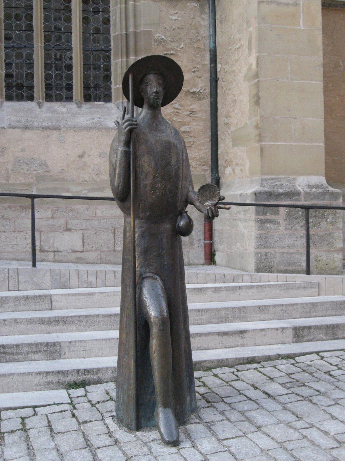 ... s'l s'arrêtait pour attendre un nouveau pèlerin... (la route serait longue ! photo prise en Bavière à Rothenbourg)
