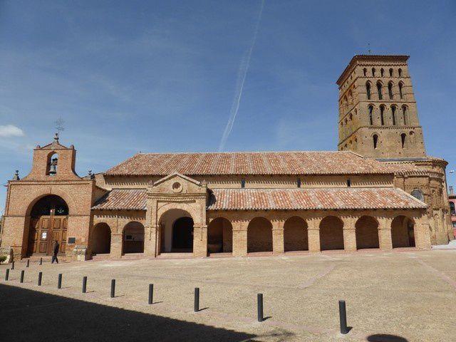 Au Nord, San Lorenzo (XIII)... du pur style roman mudejar ...