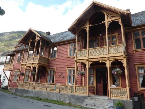 de belles maisons dans le centre ancien...