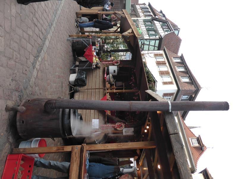 ...petit tour au Marché de Noël d'Obernai...vin chaud...