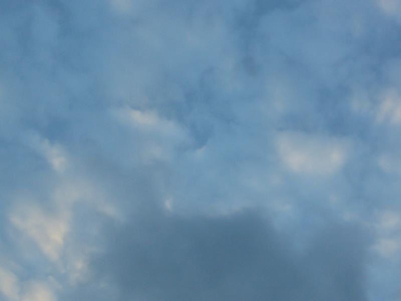 Mardi...un peu de ciel bleu....pas bien longtemps... de même aujourd'hui...
