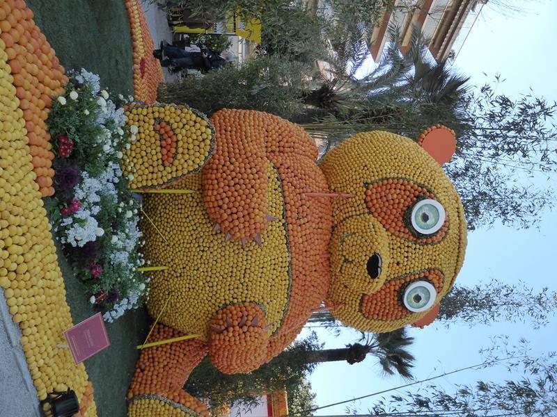 ...quelques animaux de l'astrologie chinoise....et le panda...