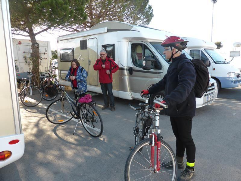 le lendemain matin...prêts pour une balade en vélo...
