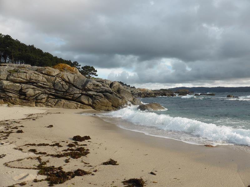 ...nous descendons jusqu'à la plage d'Ancoradouro.