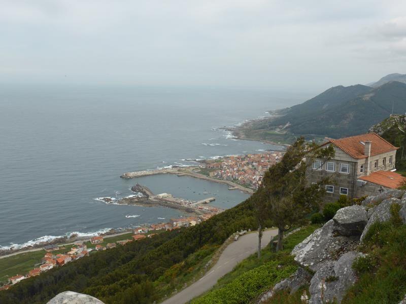 de là-haut des vues superbes sur le Mino, le Portugal et la côte....
