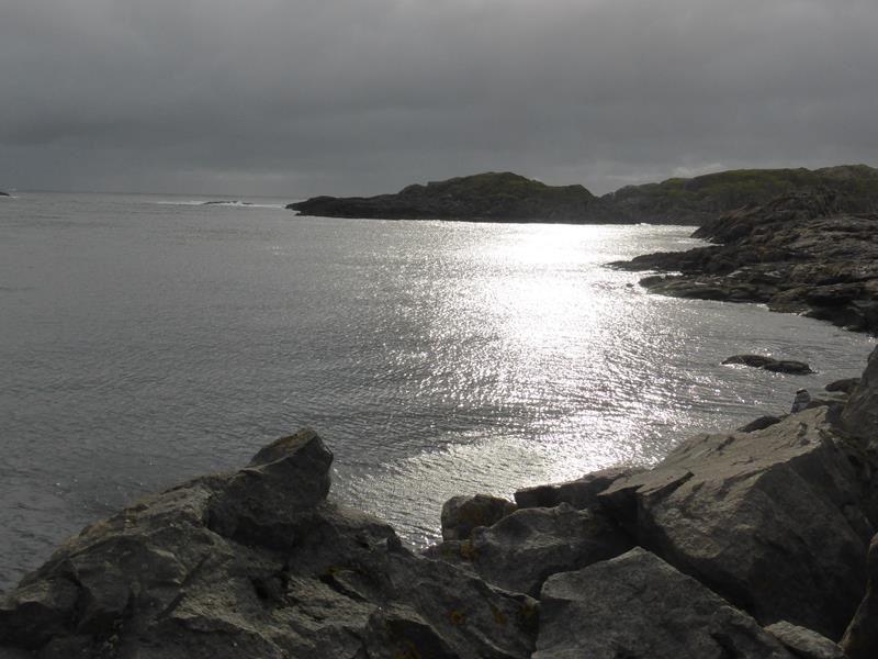 Nous étions dans les Vesteralen, à Nyksund.... 7° et de la pluie toute la journée... et pourtant, le soir&#x3B; soleil de minuit....