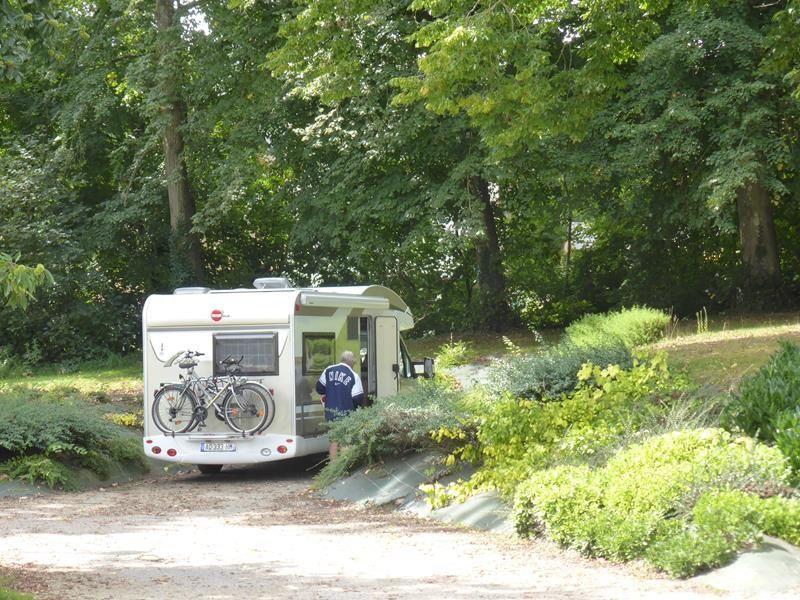 Départ de l'aire de camping-car de Bazouges La Pérouse...