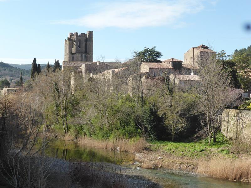 Lagrasse et l'Abbaye Sainte Marie d'Orbieu
