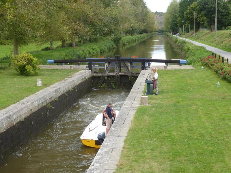Août en Bretagne : le long du Canal...