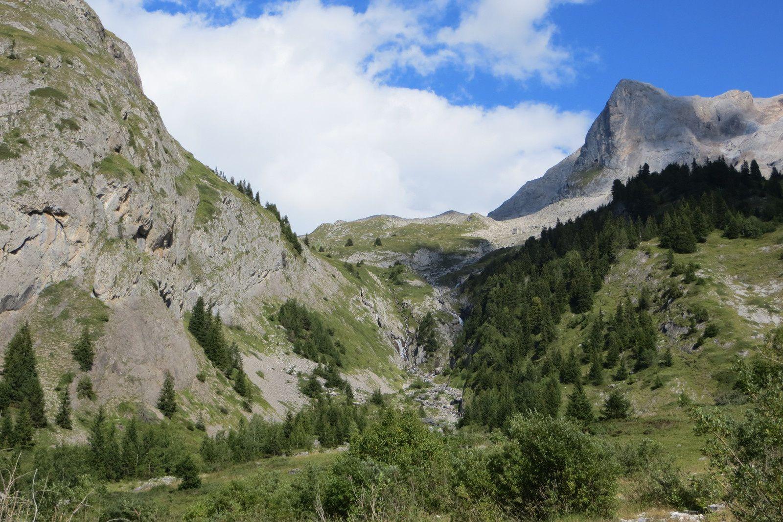 Vue arrière sur l'itinéraire de descente (Vallon de l'Arcellin)
