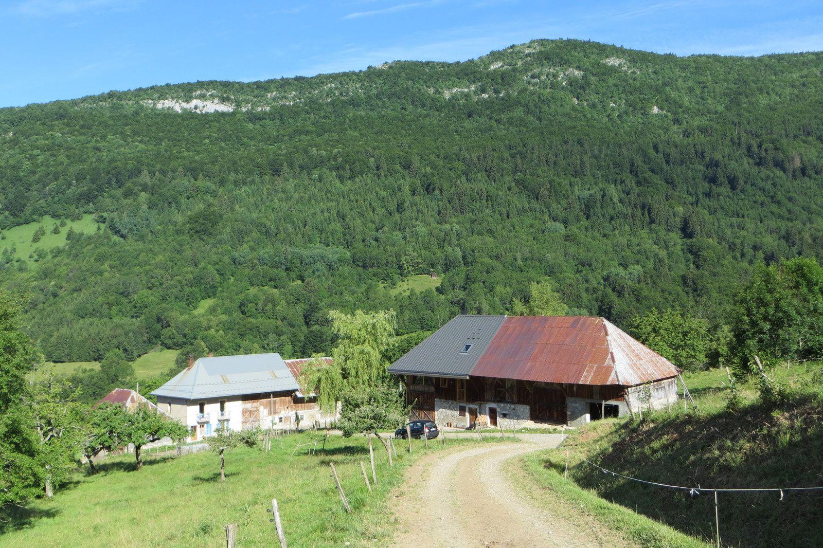 Hameau de Magnoux 930m
