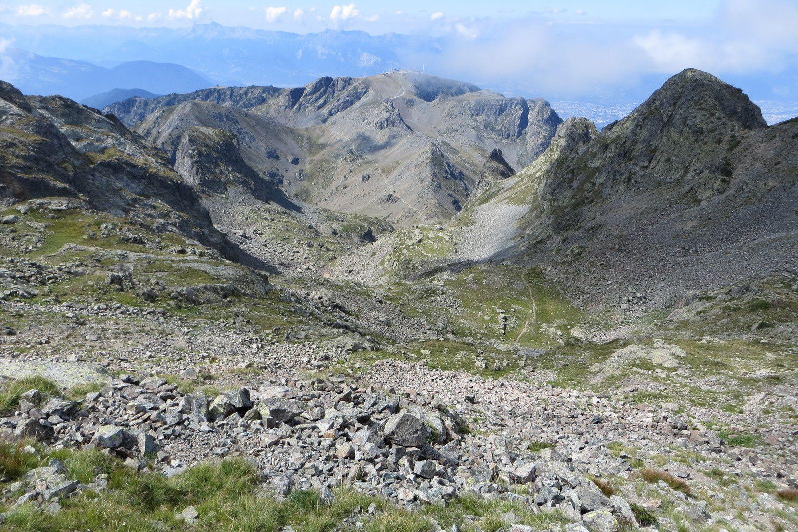 Vue générale de l'itinéraire du sommet au Col de la Botte