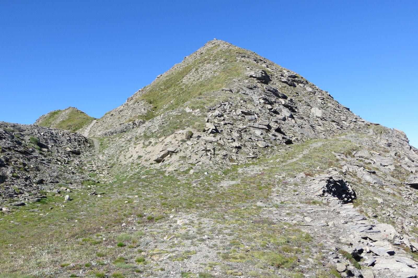 La crête et le sommet du Mont Froid 2822m