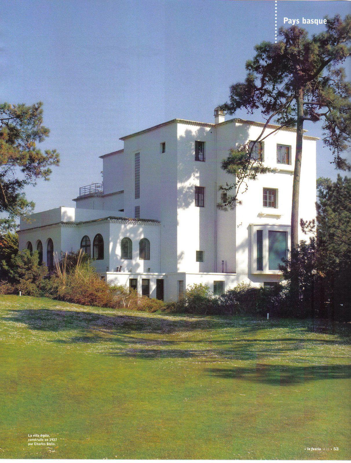 La villa Arguia, avenue des crêtes à Anglet. Bel exemple d'art déco.