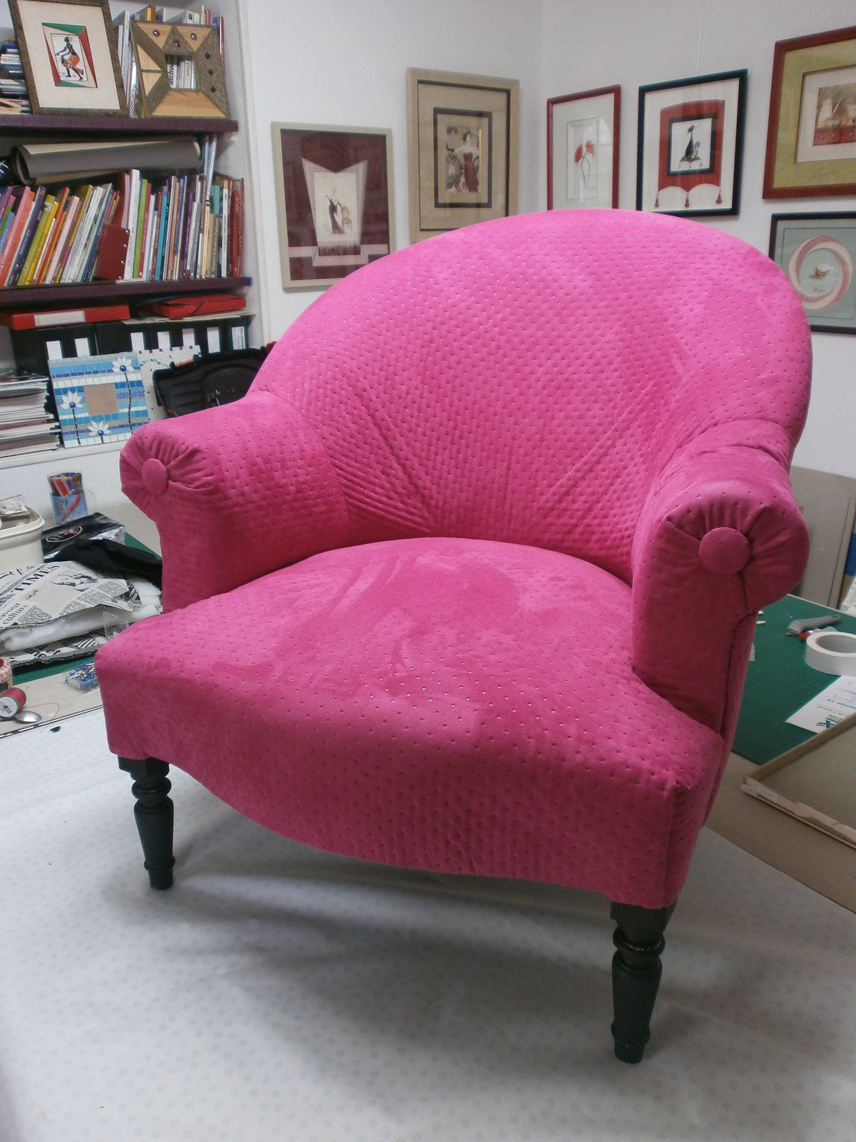Le fauteuil rose de Dominique