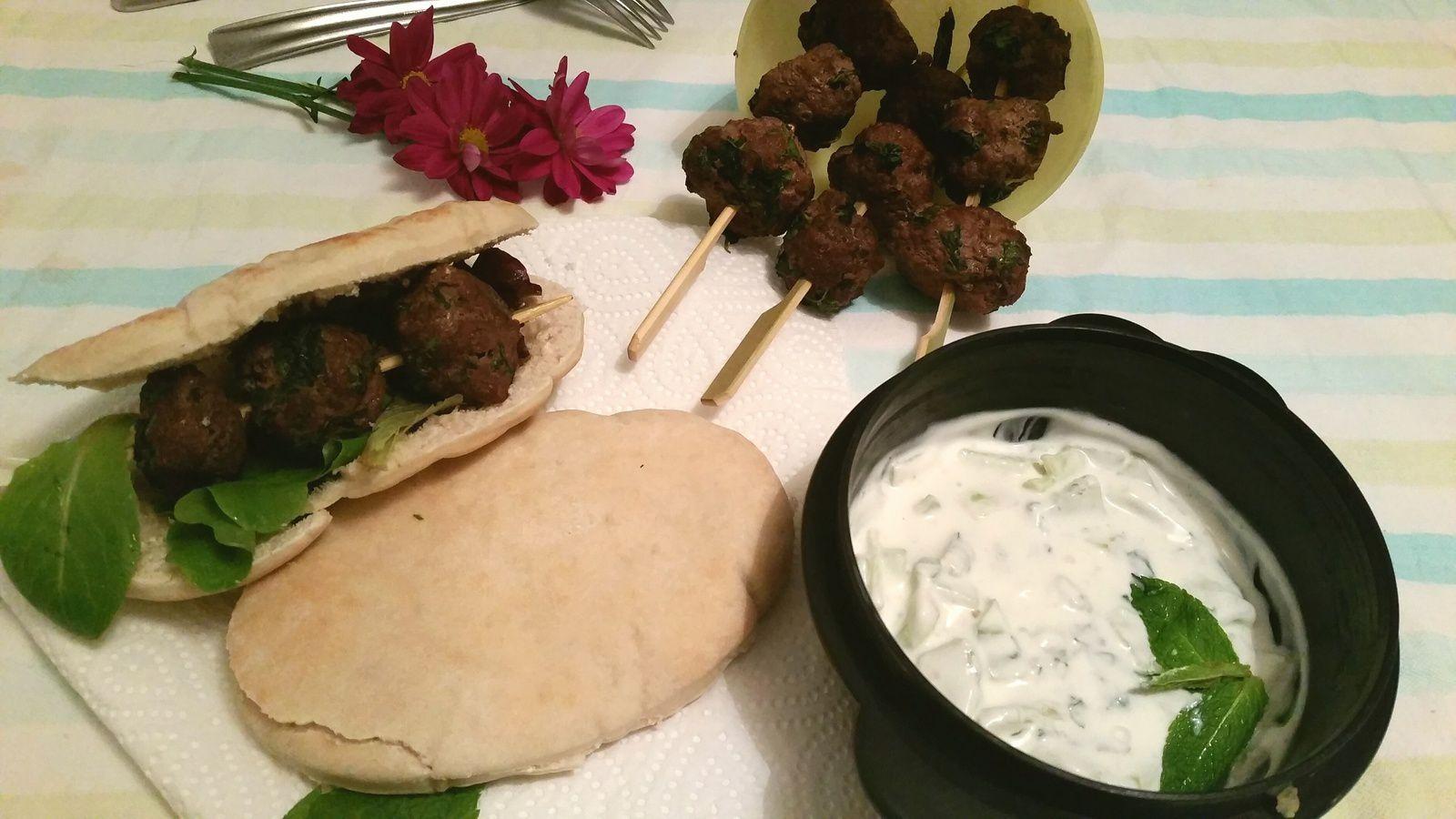Foodista Challenge - Les picnics: Mini Kefta et Tzatziki