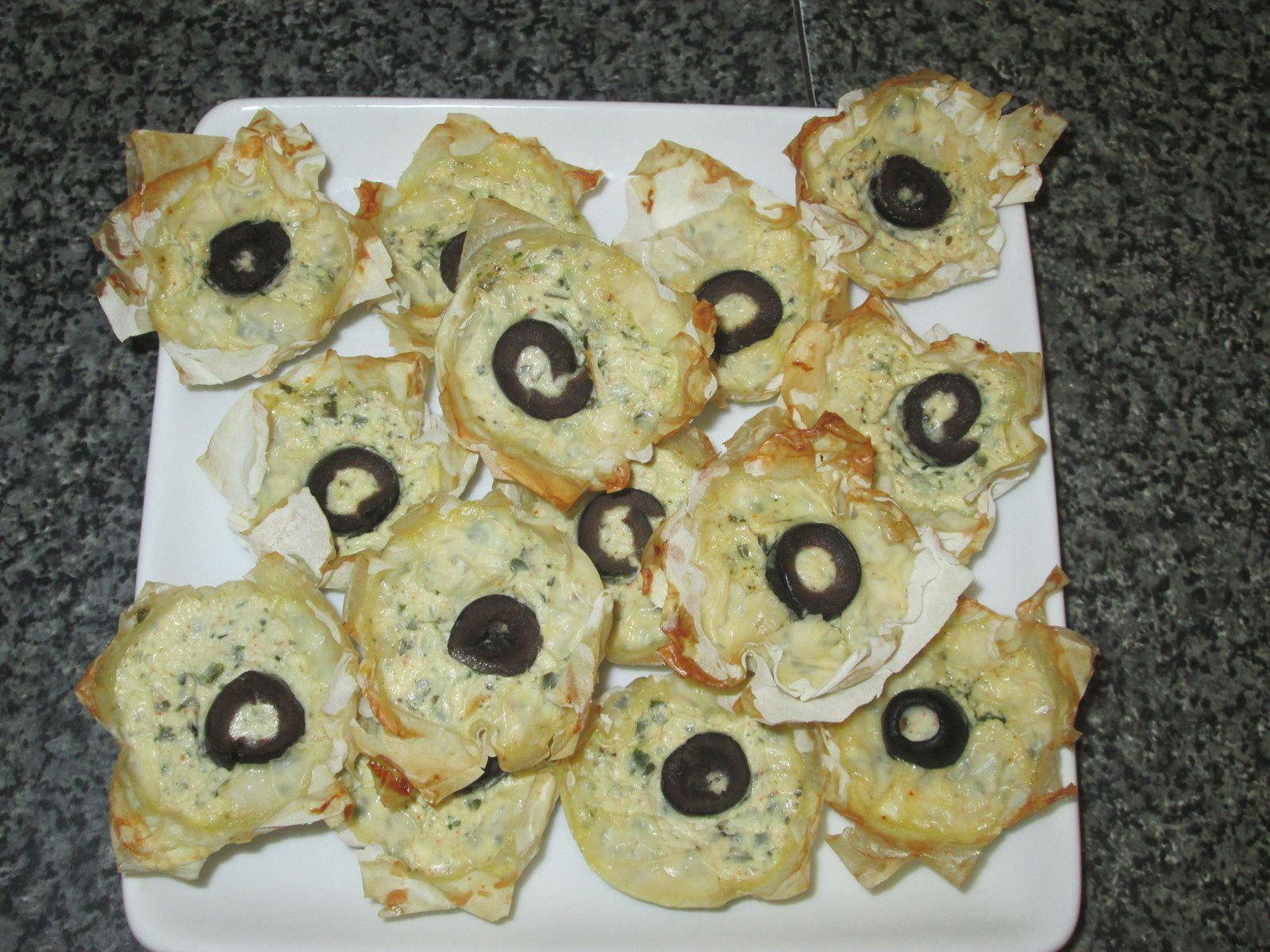 BOUCHEES AUX FROMAGES