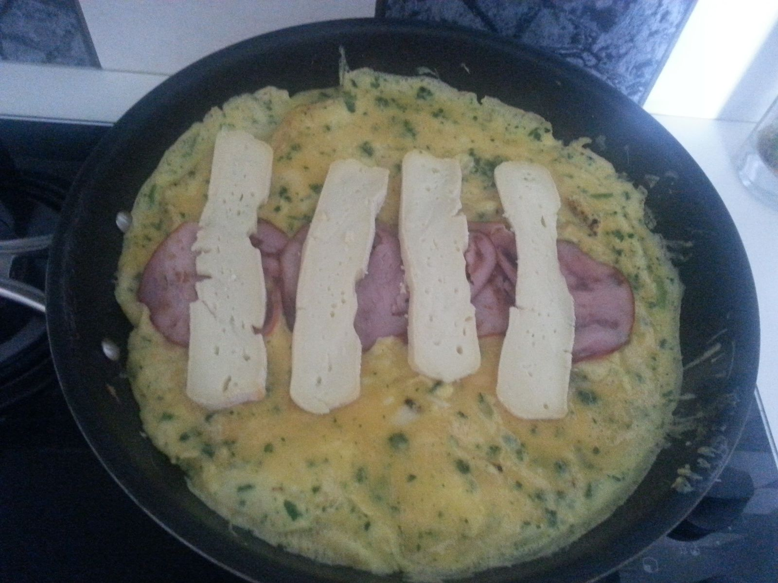 OMELETTE BACON ET REBLOCHON
