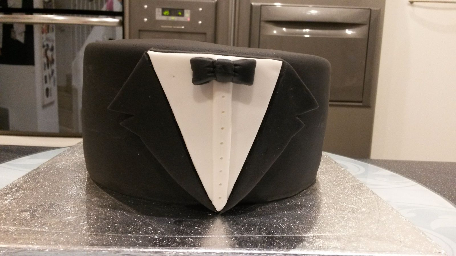 GATEAU JAMES BOND