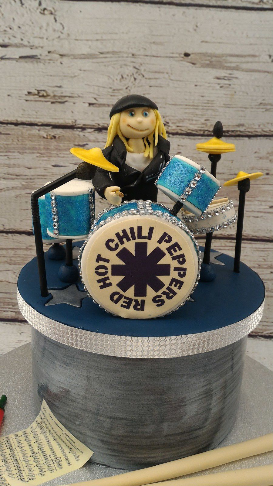 GATEAU BATTERIE - RED HOT CHILI PEPPERS