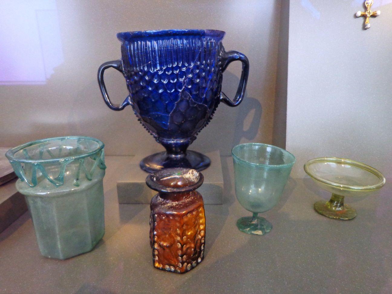 Verrerie et bijouterie romaines - 4e-6e siècles