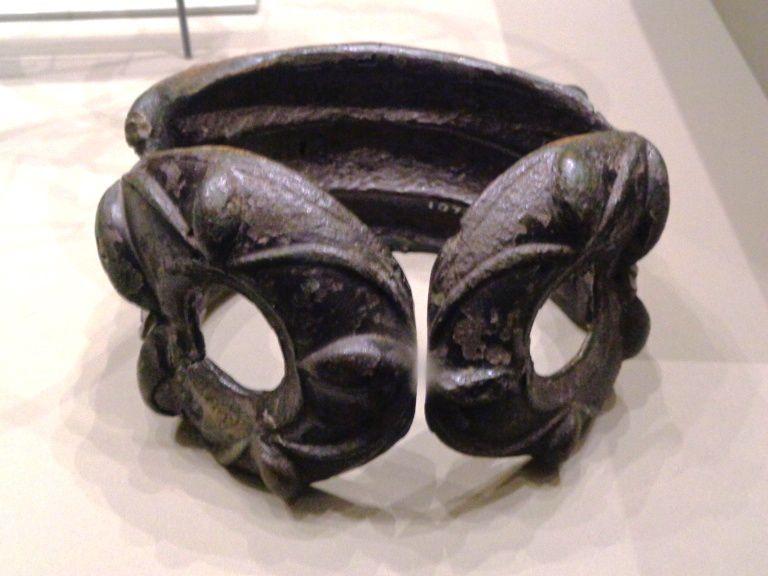 Brassard en bronze - 1e siècle avant notre ère.