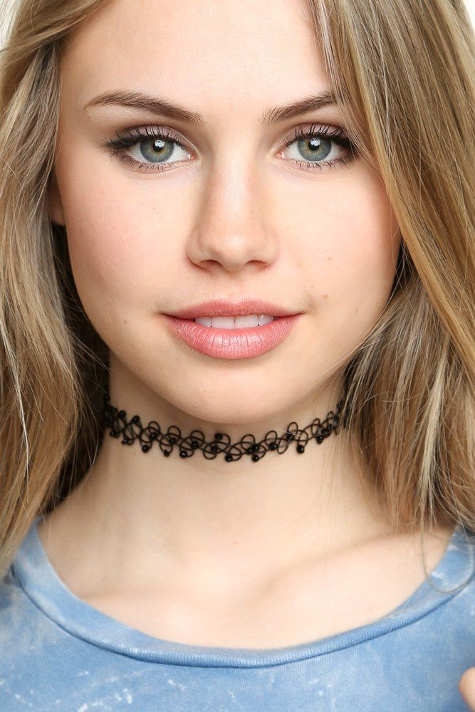 Un bout de tissus sublime LE CHocker NECK-LACE COLLIEr rAS DU COUP
