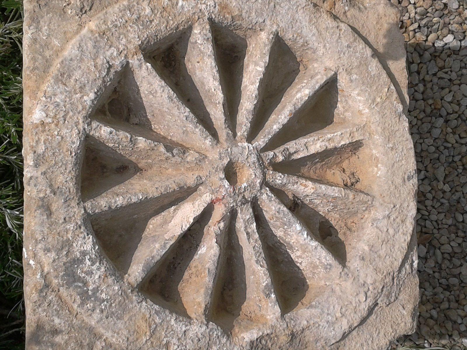 Que sont devenues ces pierres intéressantes ?