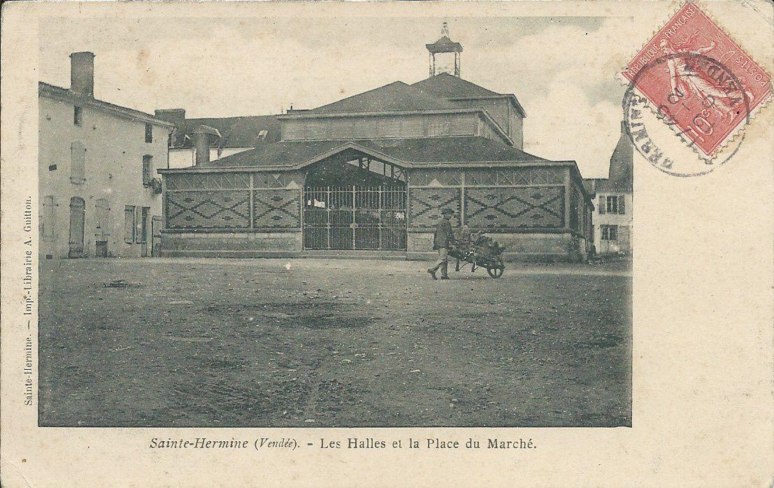 Sainte Hermine : Les Halles - le Marché