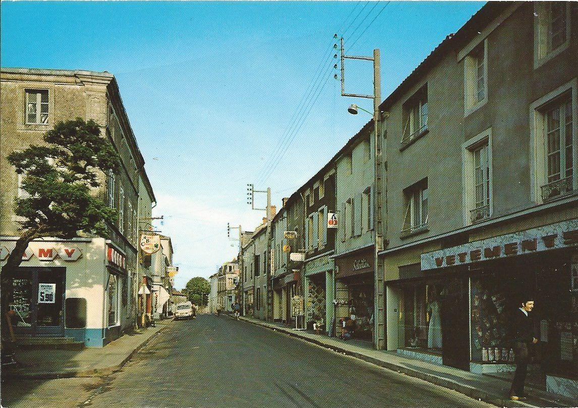 Sainte Hermine : Grande Rue