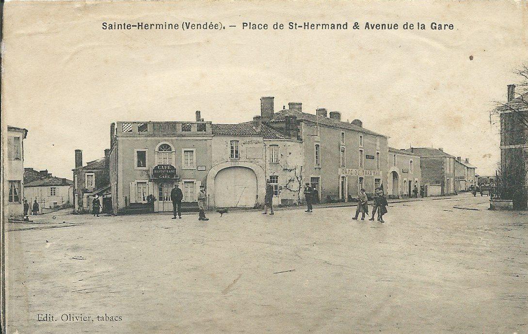 Sainte Hermine : la gare et le tramway