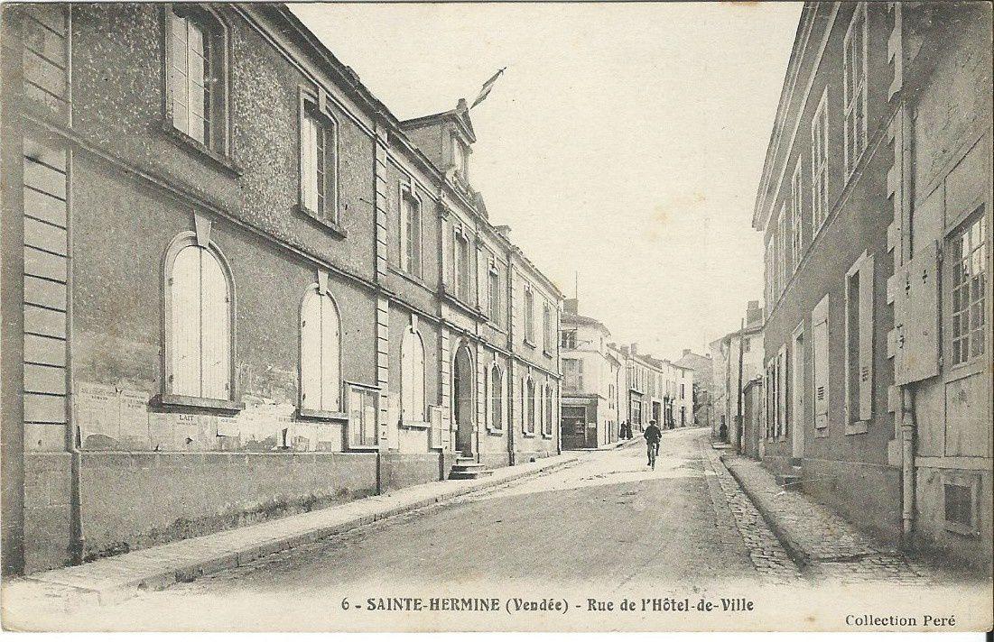 Ste Hermine Batiments publics