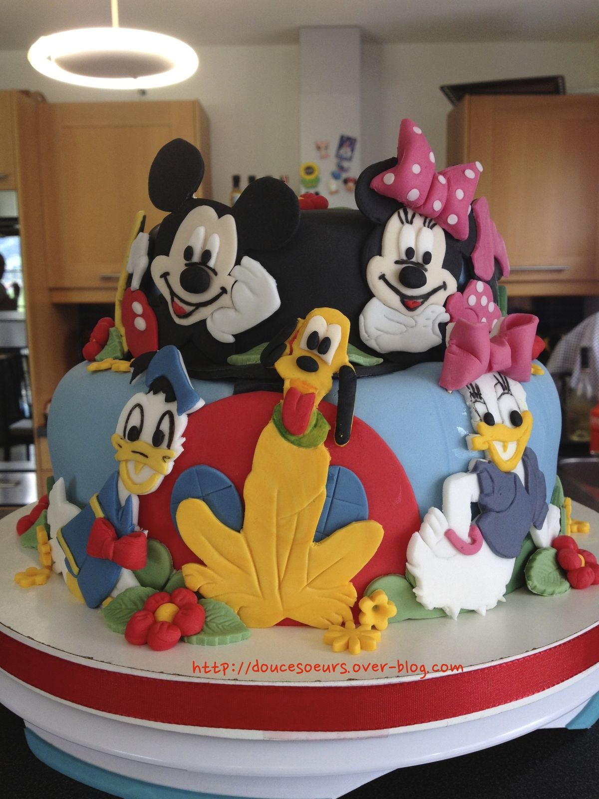 Gateaux mickey et minnie - Decoration mickey anniversaire ...