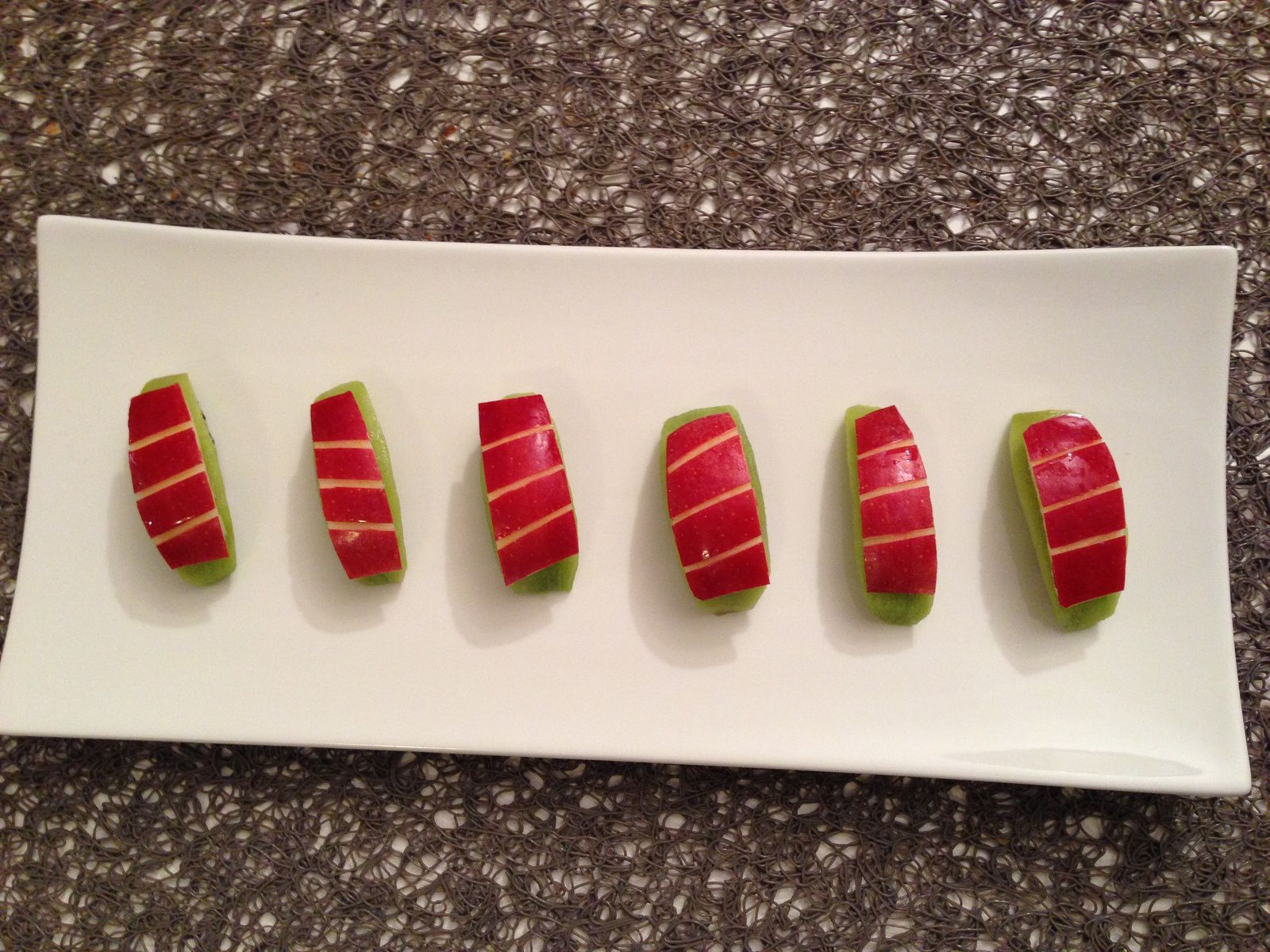Sushi dessert aux fruits