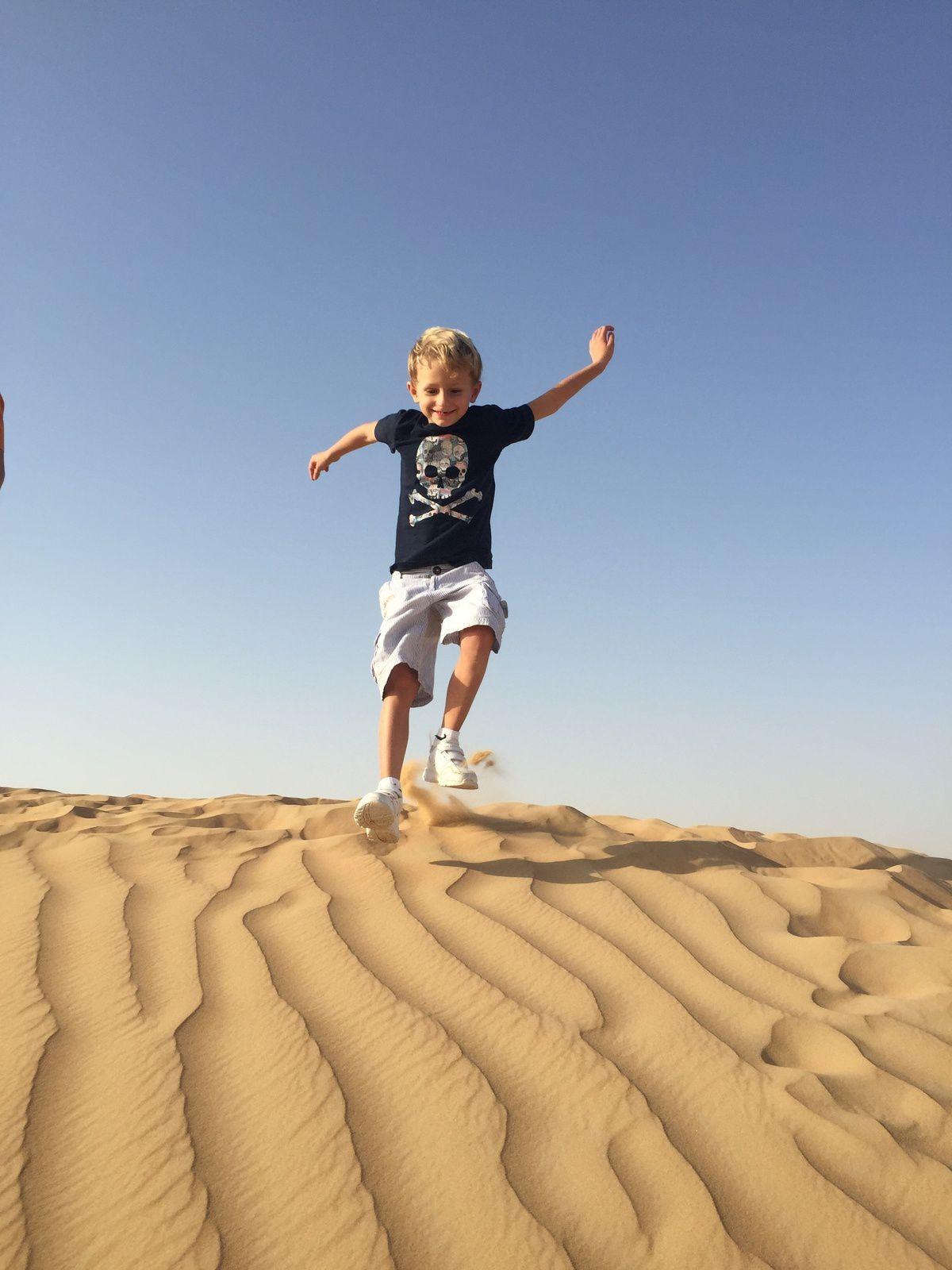 Crazy Dubai &amp&#x3B; Awesome Oman...