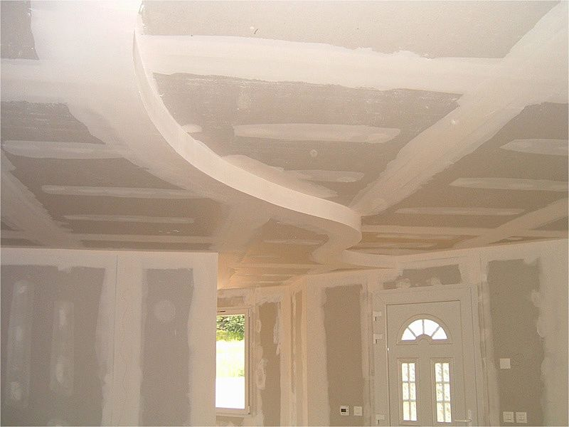 Exemple de realisation en placo b r menuiserie for Plafond combles placo