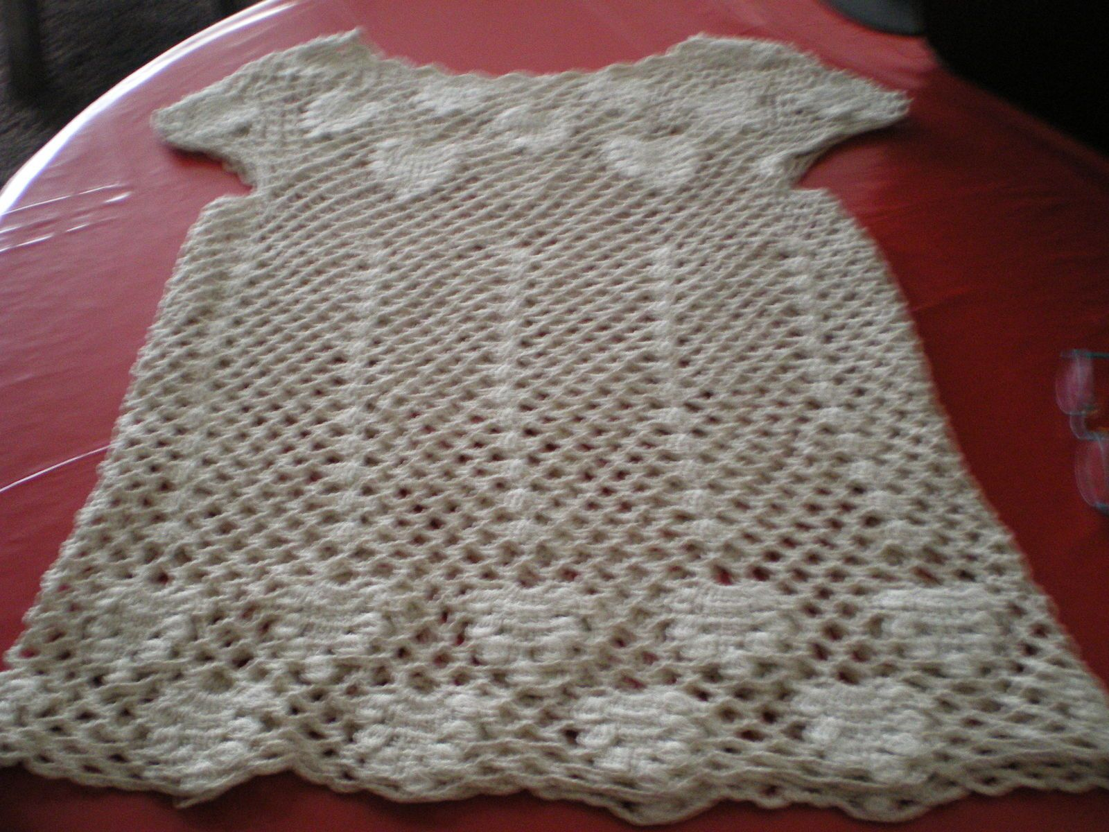 TOP AU CROCHET PAR MICHELINE...