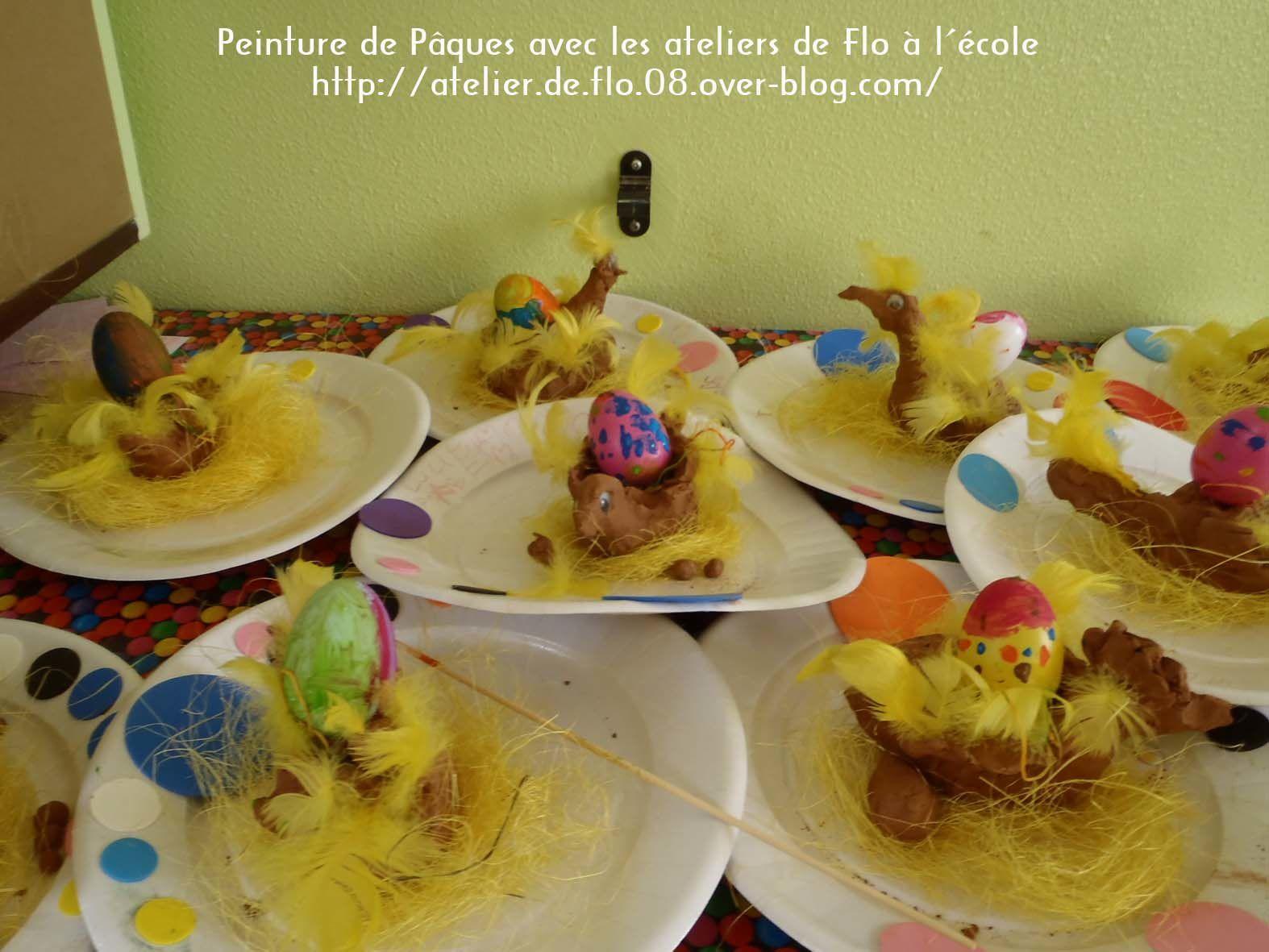 Les poules en argile, vous pourrez les voir ce jeudi 17 Avril à partir de 16h30 à l'école