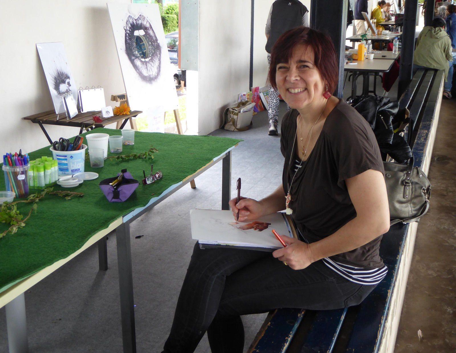 Installation du petit atelier pour dessiner des animaux au stylo et les faire germer