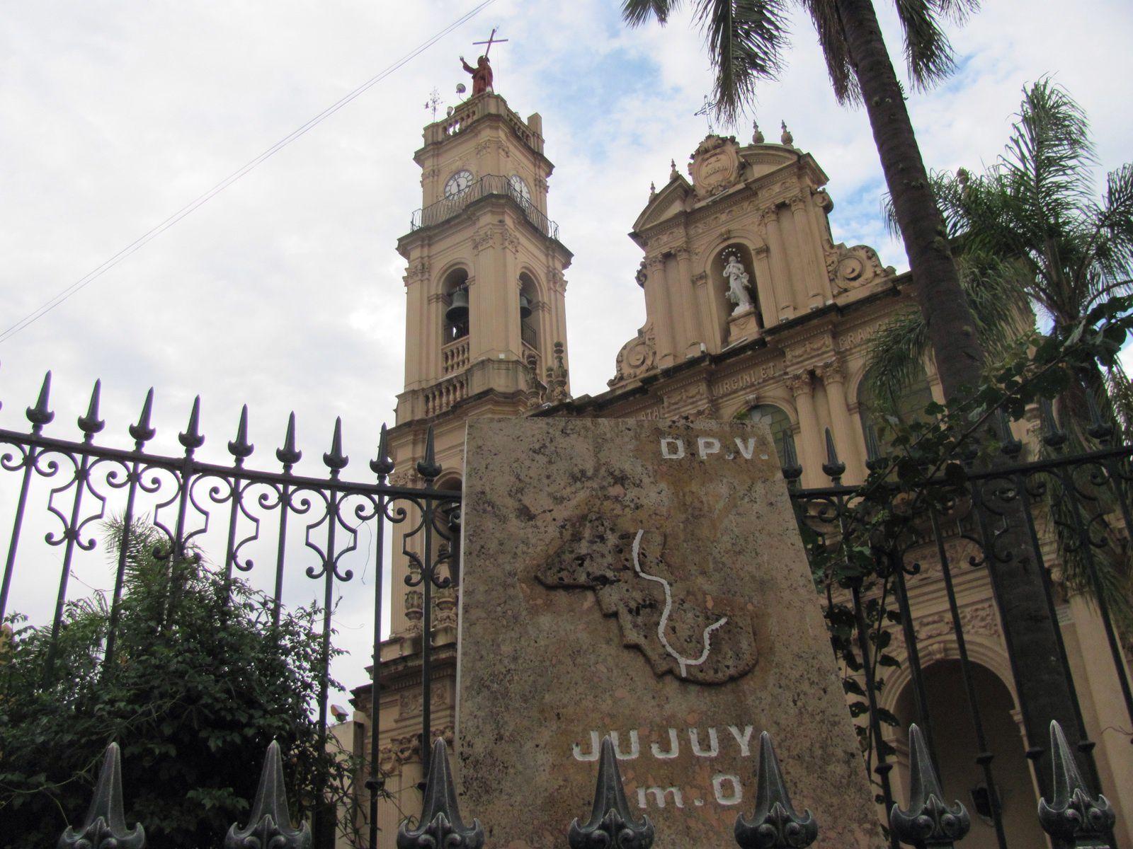 LA VALLÉE  QUEBRADA DE HUMAHUACA // SAN  SALVADOR  DE  JUJUY .