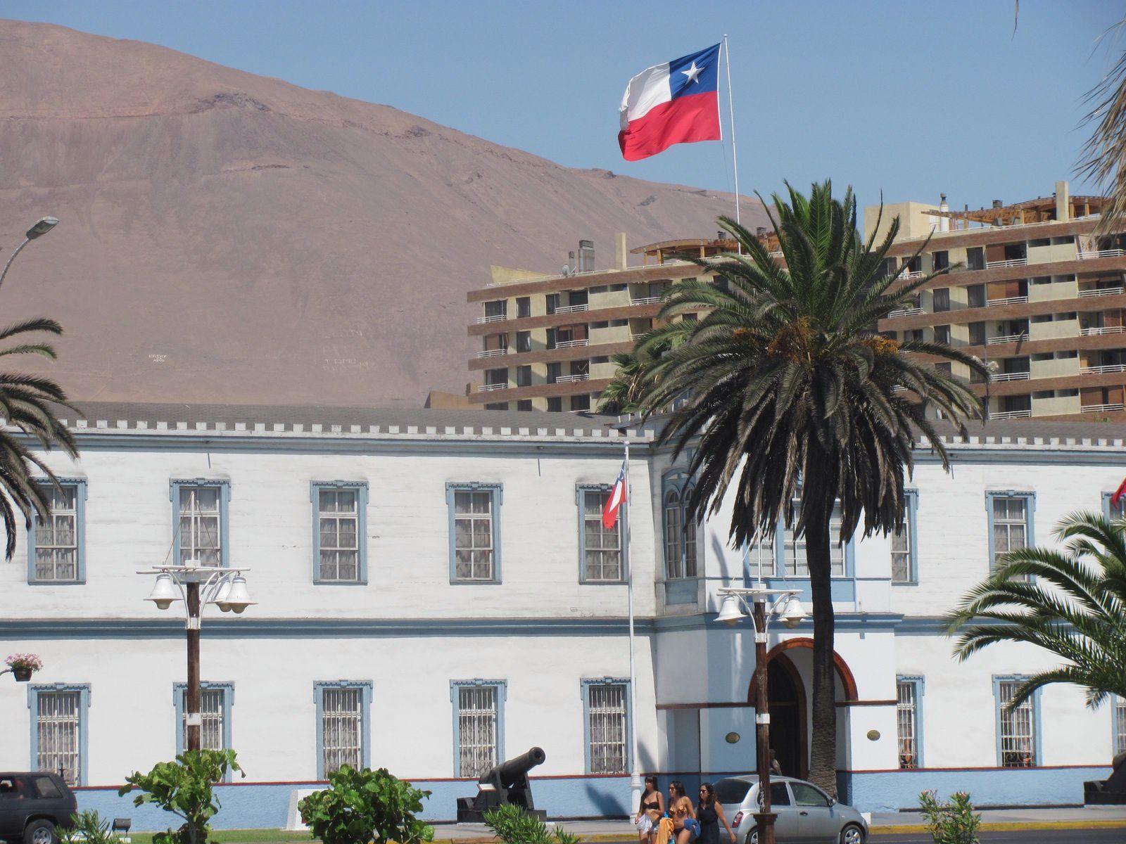 BONJOUR  IQUIQUE  ( Chili )  // LA  CORDILLIERE  DES ANDES.