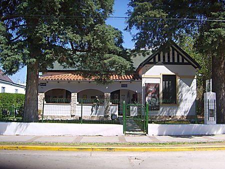 VALPARAISO LA VILLE   ARC -EN -CIEL // LA MAISON DE PABLO NÉRUDA//LES FUNICULAIRES//