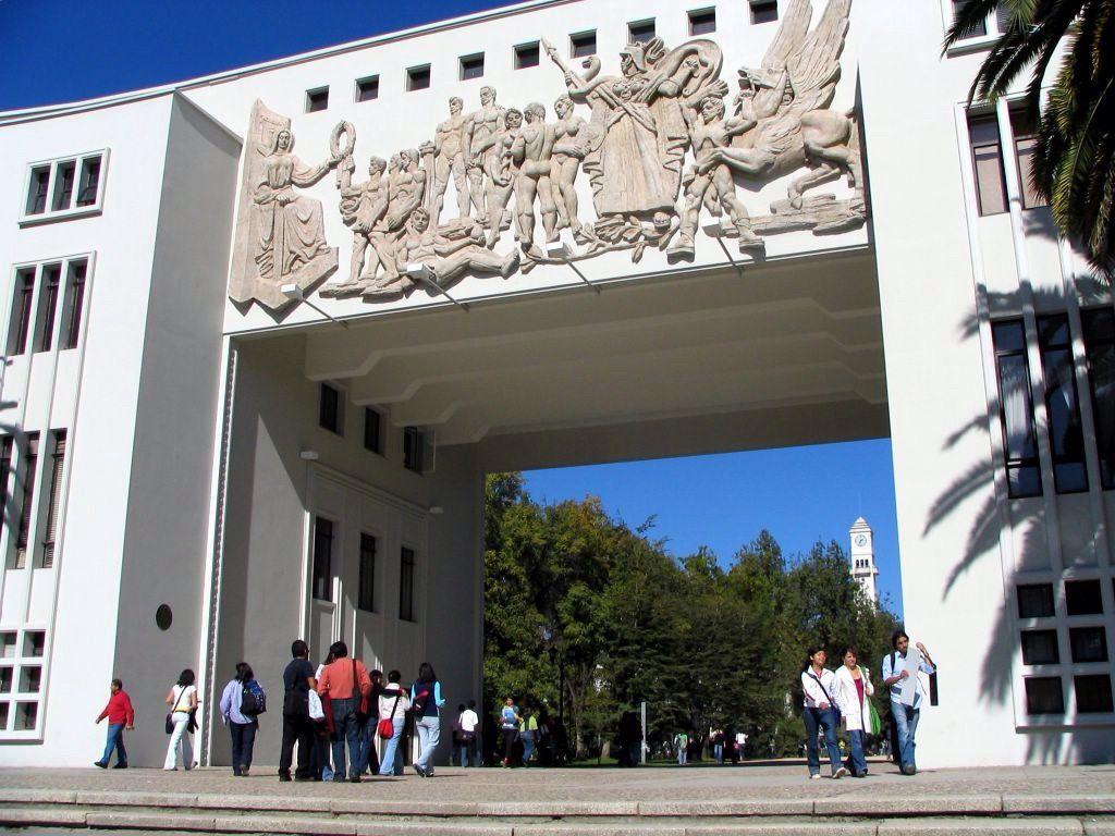 CONCEPÇIÕN // SÉISME  // LA PLAGE DE  TOMÉ // LE MUSÉE DE L'HISTOIRE .