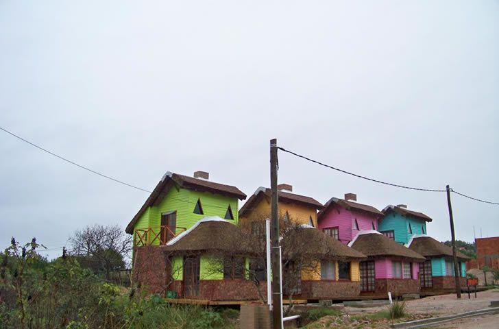 PUNTA DEL DIABLO 35° SUR LA PLAGE // LE TIBURON // LE DIABLE // VUE SUR LA VILLE //