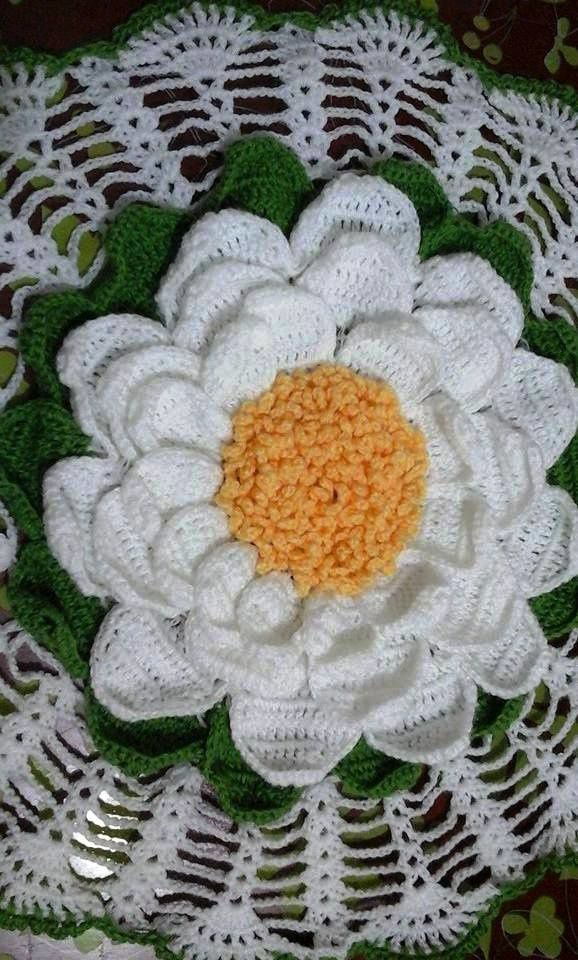 centre de table marguerite au crochet: